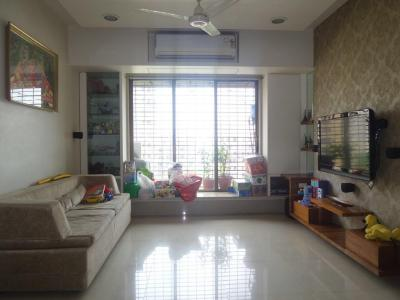 Gallery Cover Image of 1275 Sq.ft 3 BHK Apartment for buy in Kandivali West for 30000000