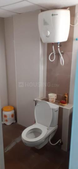 Common Bathroom Image of 1370 Sq.ft 3 BHK Apartment for rent in Urapakkam for 15000