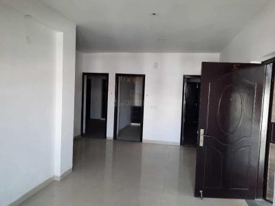 Gallery Cover Image of 1853 Sq.ft 3 BHK Apartment for buy in BPTP The Resort, Sector 75 for 4800000