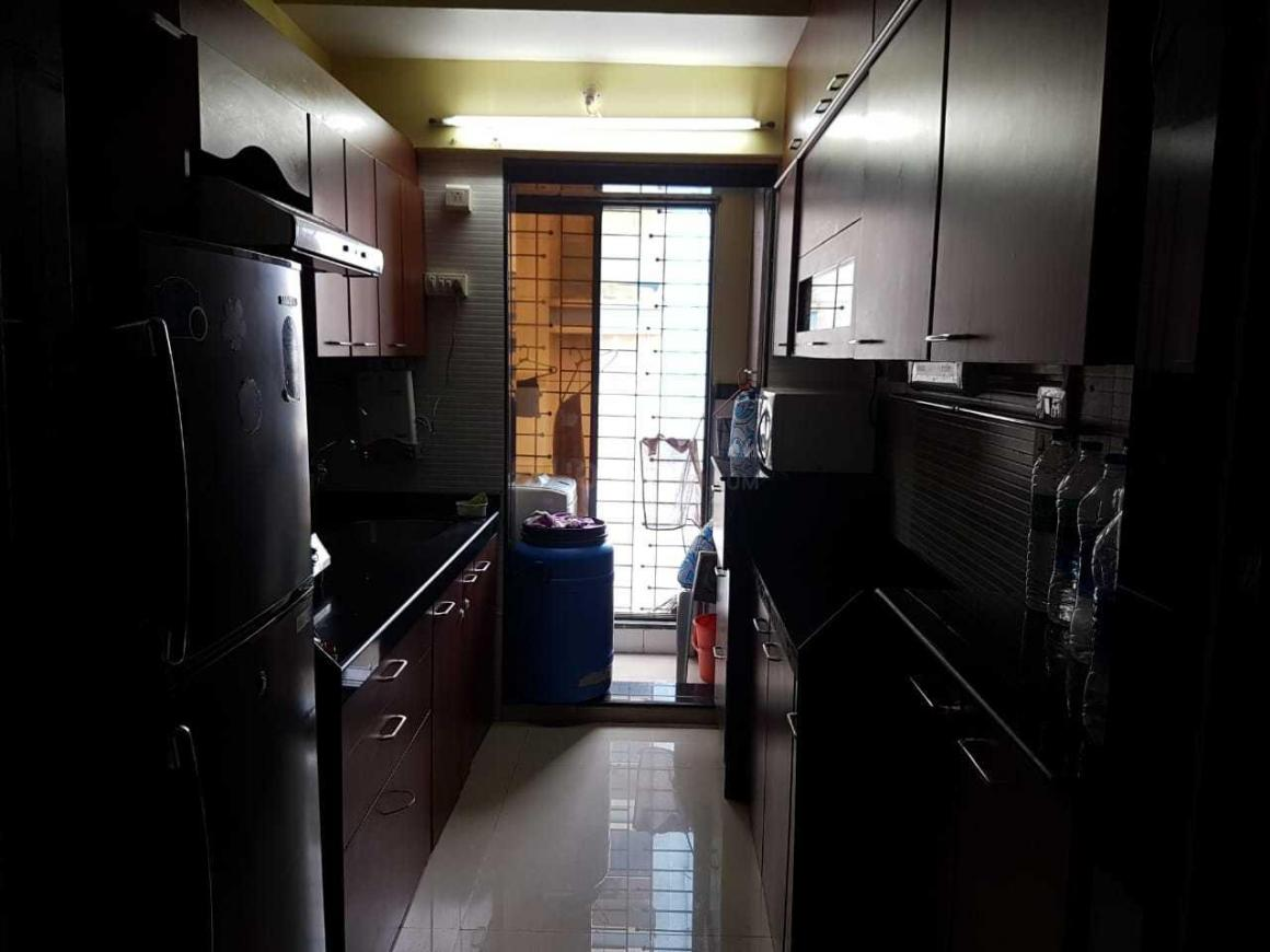 Kitchen Image of 750 Sq.ft 2 BHK Apartment for rent in Bandra East for 70000