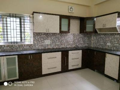 Gallery Cover Image of 1700 Sq.ft 3 BHK Apartment for rent in Bommanahalli for 22500