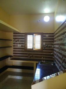 Gallery Cover Image of 600 Sq.ft 1 BHK Independent House for buy in Veppampattu for 2100000