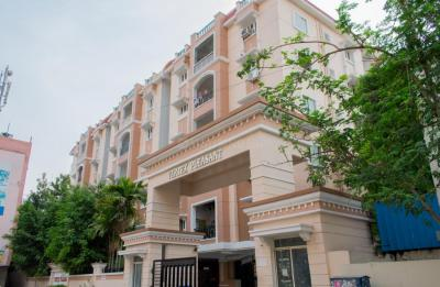 Gallery Cover Image of 1250 Sq.ft 3 BHK Apartment for rent in Nizampet for 21000