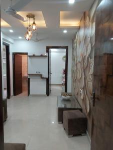 Gallery Cover Image of 910 Sq.ft 2 BHK Independent Floor for buy in Ambesten Twin County, Noida Extension for 2400000