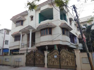 Gallery Cover Image of 5000 Sq.ft 5+ BHK Independent House for rent in Kukatpally for 60000