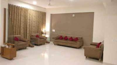 Gallery Cover Image of 3300 Sq.ft 3 BHK Apartment for rent in Khodiyar for 35000