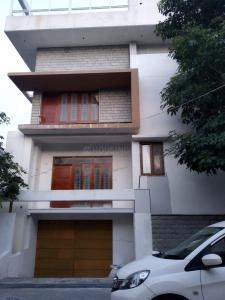 Gallery Cover Image of 6000 Sq.ft 3 RK Independent House for rent in Mallathahalli for 100000