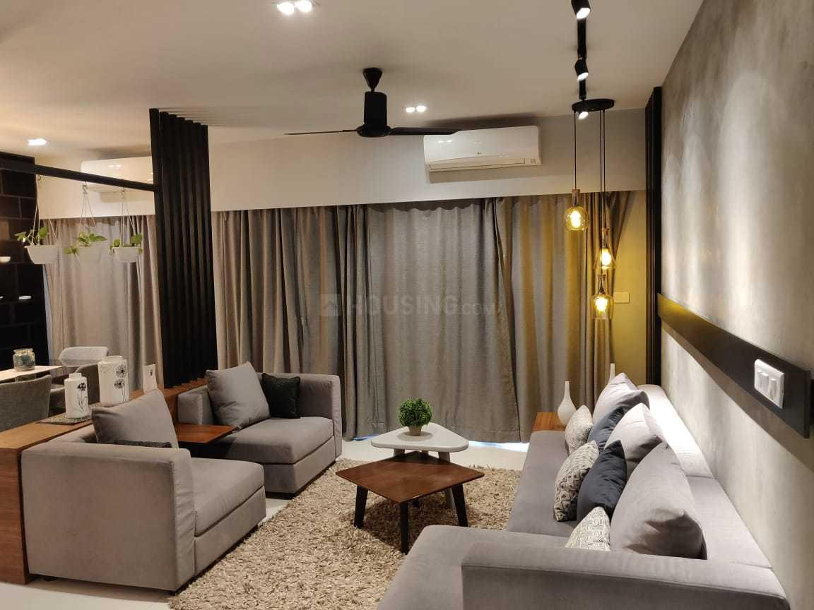 Living Room Image of 1706 Sq.ft 3 BHK Apartment for buy in Thoraipakkam for 12795000