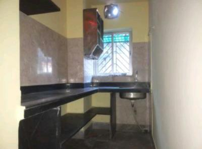 Gallery Cover Image of 800 Sq.ft 2 BHK Apartment for rent in Maa Sarda Apartment, Lake Town for 15000