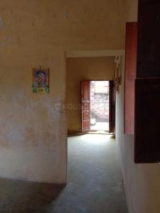 Gallery Cover Image of 650 Sq.ft 1 BHK Apartment for buy in Vadapalani for 2500000