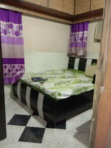 Gallery Cover Image of 550 Sq.ft 2 BHK Apartment for rent in Vashi for 18000