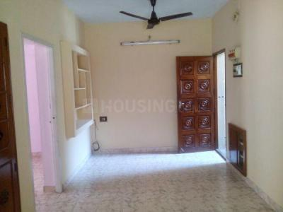 Gallery Cover Image of 800 Sq.ft 2 BHK Apartment for rent in Sembakkam for 9500