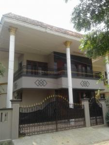 Gallery Cover Image of 4800 Sq.ft 5 BHK Independent House for rent in Valasaravakkam for 80000