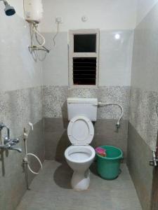 Bathroom Image of Zolo Fortuna in Gowlidody