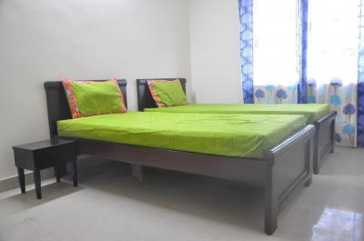 Gallery Cover Image of 1200 Sq.ft 2 BHK Apartment for rent in Pragathi Nagar for 22000