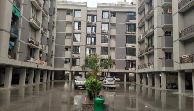 Gallery Cover Image of 1280 Sq.ft 2 BHK Apartment for rent in Chandkheda for 9500