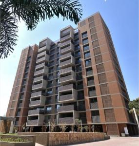 Gallery Cover Image of 4305 Sq.ft 4 BHK Apartment for buy in Gala Imperia, Gurukul for 45000000