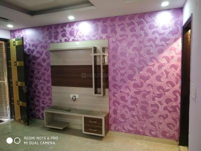 Gallery Cover Image of 1000 Sq.ft 3 BHK Independent Floor for buy in Sector 17 Rohini for 9500000