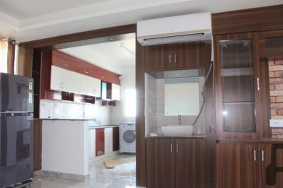 Gallery Cover Image of 2132 Sq.ft 3 BHK Apartment for buy in Tellapur for 11726000