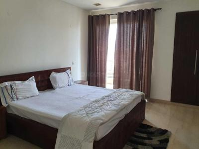 Gallery Cover Image of 2000 Sq.ft 3 BHK Apartment for rent in DLF Phase 2 for 41000