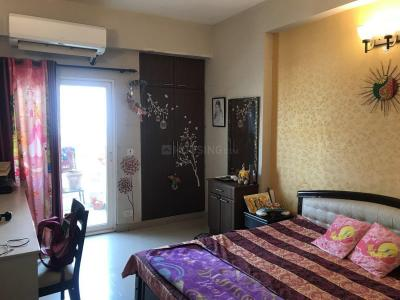 Gallery Cover Image of 1550 Sq.ft 3 BHK Apartment for rent in Sector 78 for 24000