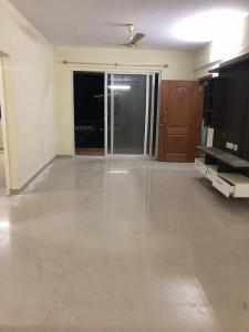 Gallery Cover Image of 1350 Sq.ft 3 BHK Apartment for rent in Singasandra for 22000