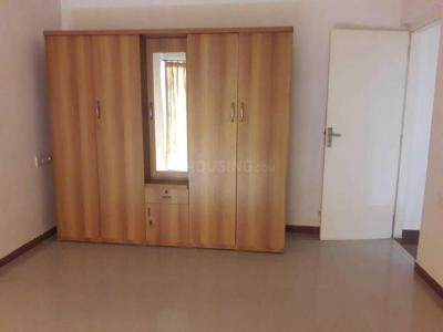 Gallery Cover Image of 1800 Sq.ft 3 BHK Apartment for rent in Chanakyapuri for 25000
