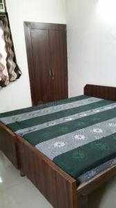 Gallery Cover Image of 1200 Sq.ft 3 BHK Independent Floor for buy in Vasundhara for 5548000