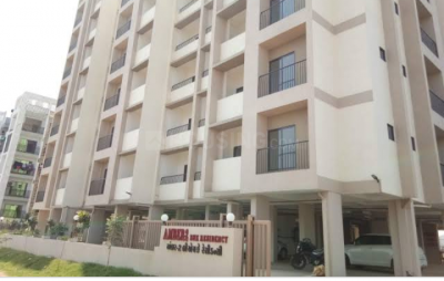 Gallery Cover Image of 1260 Sq.ft 2 BHK Apartment for rent in Ghoghari Amber Residency, Sarkhej- Okaf for 11000