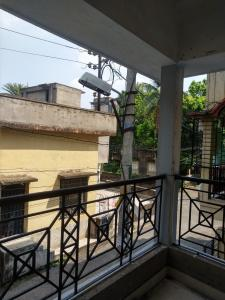 Gallery Cover Image of 1120 Sq.ft 3 BHK Apartment for buy in Kamdahari for 3600000