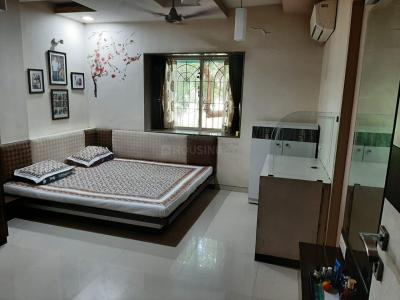 Gallery Cover Image of 1000 Sq.ft 2 BHK Apartment for buy in Kothrud for 11000000