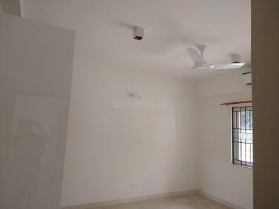 Gallery Cover Image of 1385 Sq.ft 2 BHK Apartment for rent in Prestige Pinewood, Koramangala for 60000