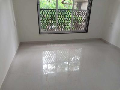 Gallery Cover Image of 690 Sq.ft 2 BHK Apartment for rent in Santacruz East for 75000