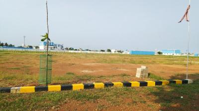 Gallery Cover Image of  Sq.ft Residential Plot for buy in Vadaperumbakkam for 3100000