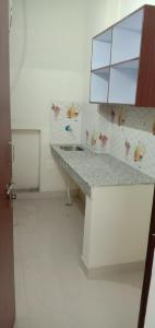 Gallery Cover Image of 1200 Sq.ft 1 RK Independent Floor for rent in Sector 17 for 11000