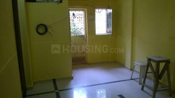 Living Room Image of 750 Sq.ft 1 BHK Independent Floor for rent in Borivali West for 15000