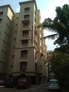 Gallery Cover Image of 650 Sq.ft 1 BHK Apartment for rent in Dosti Acres, Wadala for 32000