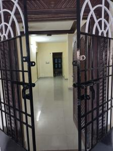 Gallery Cover Image of 1000 Sq.ft 2 BHK Independent House for rent in Vadapalani for 14000