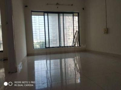 Gallery Cover Image of 800 Sq.ft 3 BHK Apartment for rent in Summit Apartments, Goregaon East for 25000