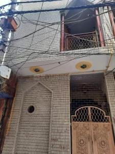 Gallery Cover Image of 450 Sq.ft 1 BHK Independent House for rent in Shahdara for 9000