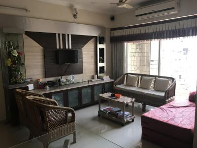 Gallery Cover Image of 750 Sq.ft 1 BHK Apartment for rent in Kharghar for 15000