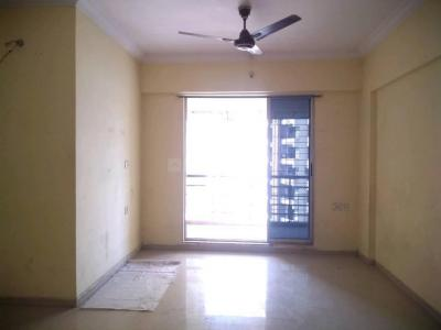 Gallery Cover Image of 1150 Sq.ft 3 BHK Apartment for rent in Kalwa for 22000