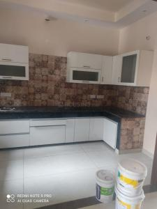 Gallery Cover Image of 1400 Sq.ft 3 BHK Independent House for rent in Sector 64 for 20500