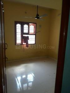 Gallery Cover Image of 600 Sq.ft 2 BHK Apartment for rent in Iyyappanthangal for 9000