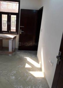 Gallery Cover Image of 350 Sq.ft 1 BHK Independent Floor for buy in Sector 11 Rohini for 2700000
