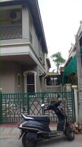Gallery Cover Image of 2250 Sq.ft 3 BHK Independent House for rent in Satellite for 45000