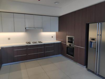 Gallery Cover Image of 6100 Sq.ft 5 BHK Apartment for rent in Panchshil Trump Towers, Kalyani Nagar for 300000