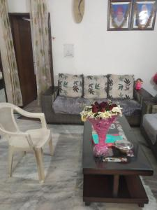 Gallery Cover Image of 2280 Sq.ft 4 BHK Independent Floor for buy in Sector 49 for 4972000