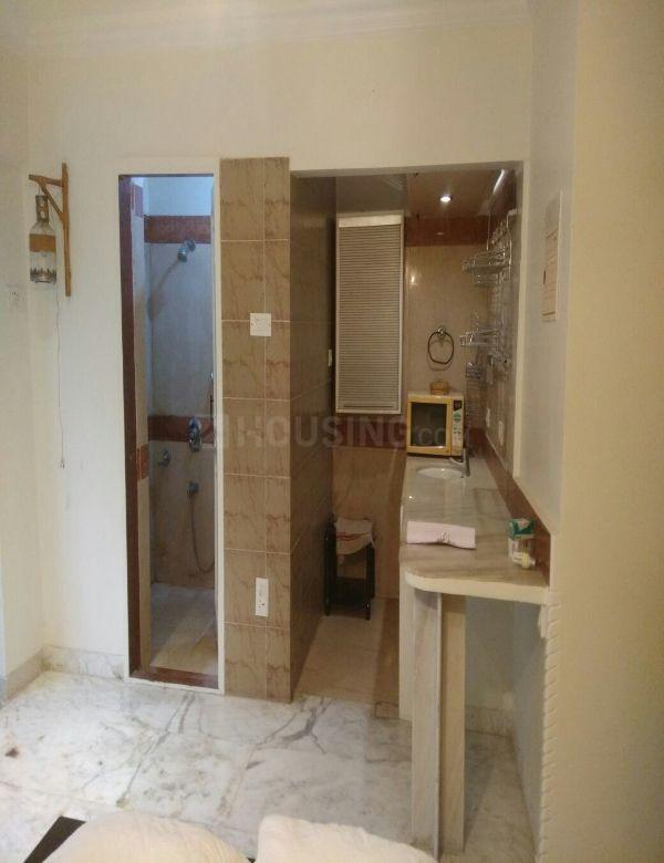 Kitchen Image of 300 Sq.ft 1 RK Apartment for rent in Bandra West for 45000