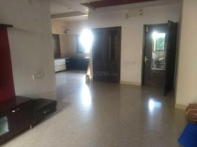 Gallery Cover Image of 2040 Sq.ft 3 BHK Apartment for rent in Thaltej for 27000